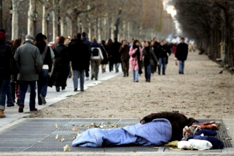 Pauvreté et indifférence