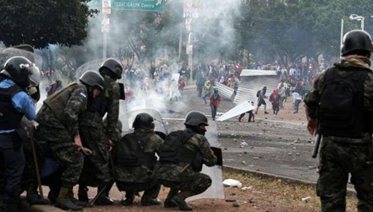 Comparez : une élection au Honduras avec une autre au Venezuela