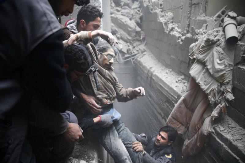 Robert Fisk : malgré des négociations, le bombardement de la Ghouta ne s'arrêtera pas