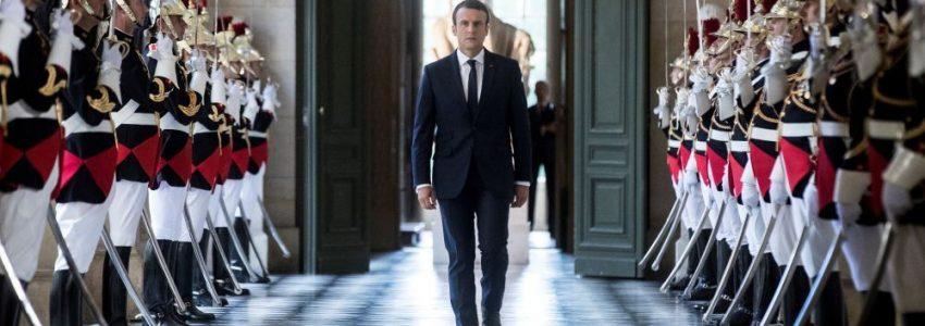 Congrès de Versailles : heureusement qu'on a le foot pour oublier !