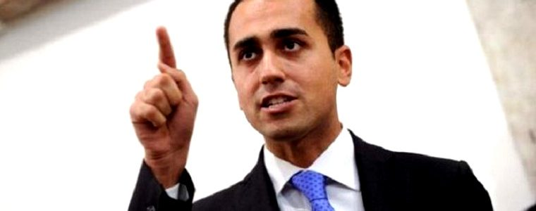 Italie : une loi Travail de gauche adoptée sous un gouvernement d'extrême-droite