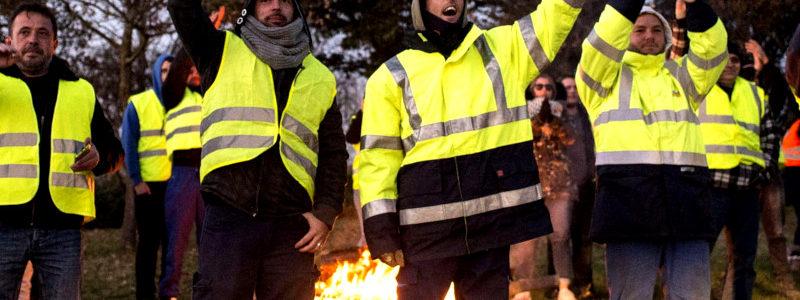 Gilets jaunes : avec ou sans les partis politiques (débat Marie Wilhem-Labat/Pierrick Tillet)