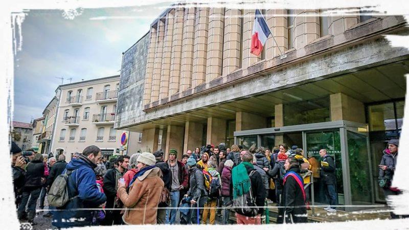"""Procès des 7 de Briançon pour """"délit de solidarité"""""""