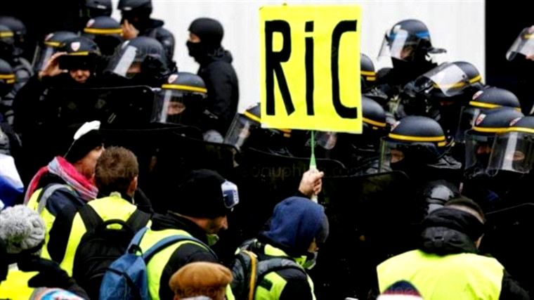 Pour trancher la guerre des sondages, une seule enquête d'opinion qui vaille : le RIC