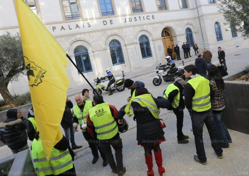 Gilets jaunes : ne faites surtout pas confiance à la justice de votre pays
