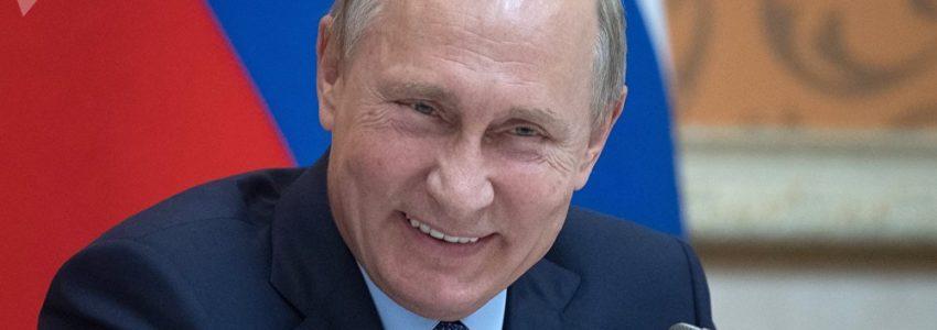 """Benalla et les """"oligarques russes proches de Poutine"""": le pavé dans la mare d'un correspondant de l'AFP"""