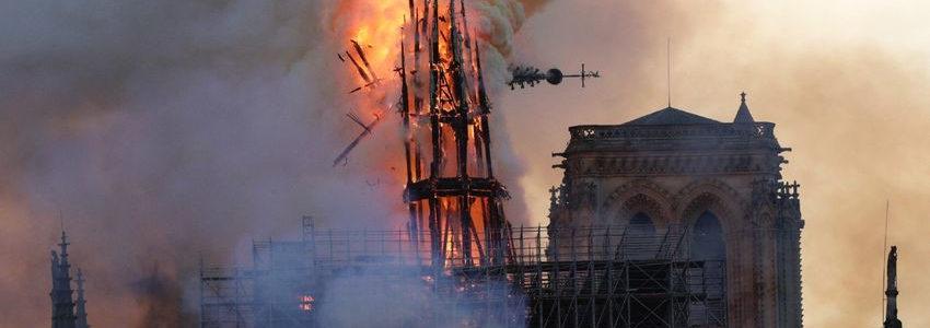 Incendie d'une cathédrale, destruction d'un arc de Triomphe : l'atroce hiérarchie du malheur