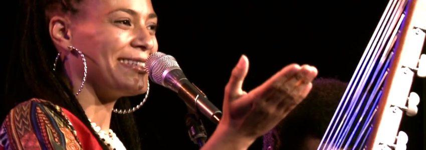 Sona Jobarteh & Band : Bannaya (Kora Music from West Africa)