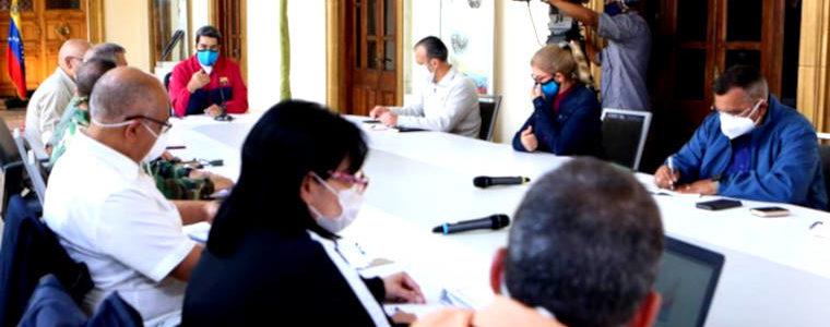 Covid-19 : les 9 mesures chocs de Nicolas Maduro pour le Venezuela