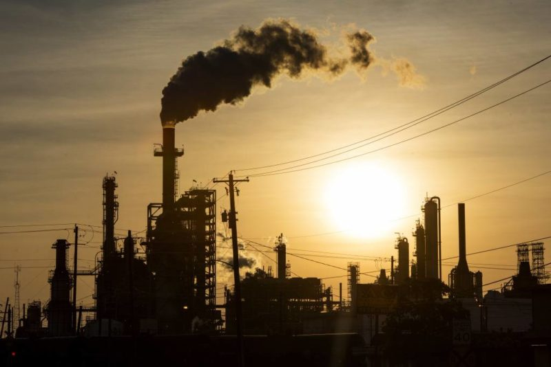 Crash des prix pétroliers : les explications de Jacques Sapir