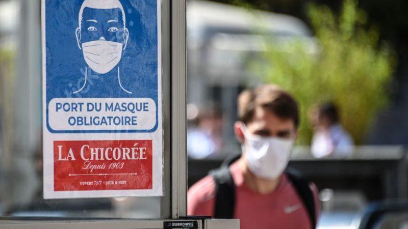 Les arrêtés municipaux sur le port obligatoire du masque en lieux publics ouverts sont-ils légaux ?
