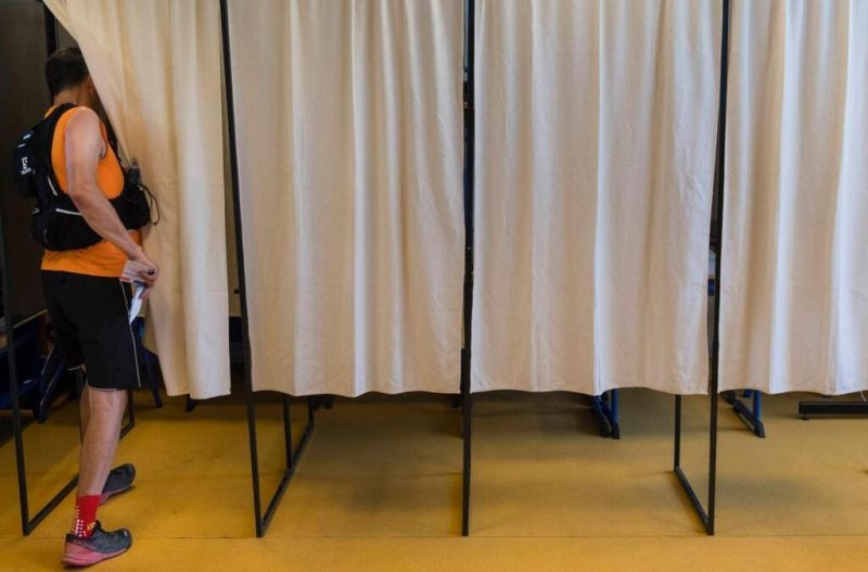 Législatives partielles : l'effondrement de la démocratie représentative